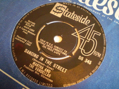 Martha and the Vandellas - Dancing in the Street