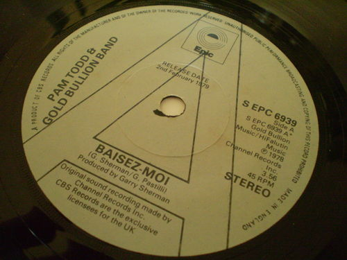 Pam Todd & Gold Bullion Band - Baisez-Moi
